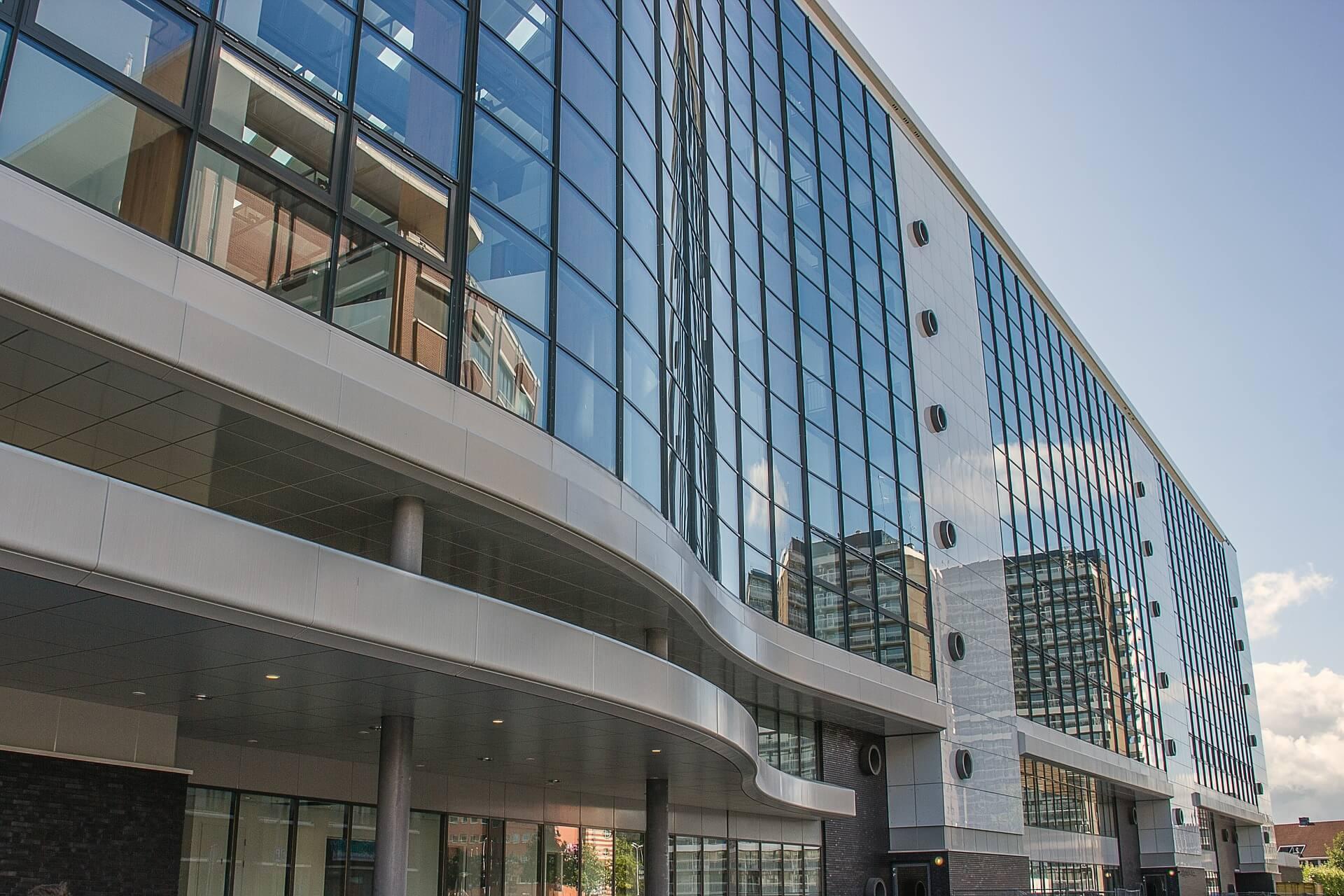 Ospedale vetrata