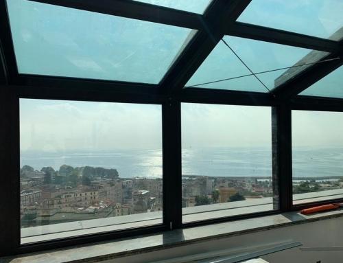 Hotel Britannique, Copertura, Napoli